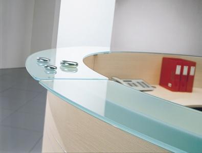 Stojka-resepshn-Azurea-top-steklo